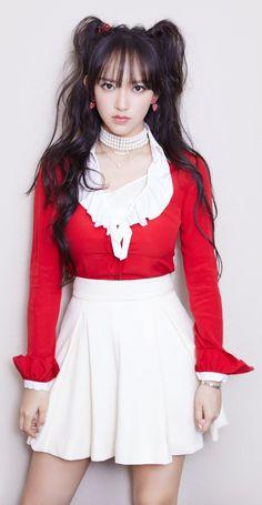 #ChengXiao Kpop Girl Groups, Kpop Girls, Korean Girl Groups, Cheng Xiao, Cosmic Girls, Asia Girl, Beautiful Asian Girls, Pink Girl, Sexy Dresses