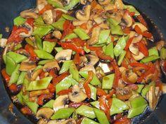 Snijbonen met paprika en champignon - Vol Smaak Super Healthy Recipes, Heart Healthy Recipes, Healthy Meals For Kids, Healthy Chicken Recipes, Healthy Cooking, Vegetarian Recipes, Cooking Recipes, Healthy Food, Tagine