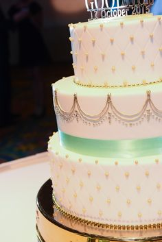 If you love dainty gold details, you'll love it even more on this Walt Disney World wedding cake