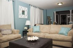 Jasper Ware Blue Family Room Blue Family Rooms, Kitchen Family Rooms, Decorating Ideas, Decor Ideas, Extra Rooms, Living Room Tv, Jasper, Kitchens, Room Ideas