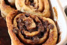 Resep-video: Sondebolle Cinnabon Cinnamon Rolls, Dessert Recipes, Desserts, Bread Baking, Sweet Recipes, Sweet Treats, Recipies, Food And Drink, Warm