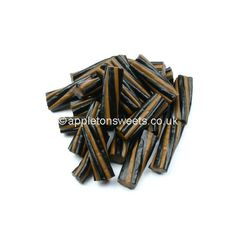 Caramel and liquorice twists are superb pieces of liquorice made by Toms. This comes in a wholesale bag and is a must for any liquorice fan. Pontefract Cakes, Liquorice Sweets, Walnut Kernels, Acacia Honey, Ice Cake, New Flavour, Clean Eating Snacks, Twists, Goats