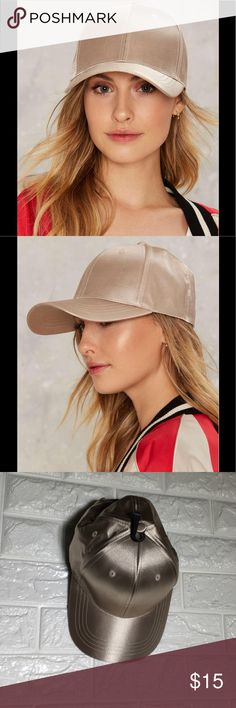 🆕💛Rack14 saw the light satin cap We'd never suspect a thing. The Saw the Light Cap features a classic baseball cap silhouette and satin shell. Color: natural Nasty Gal Accessories Hats