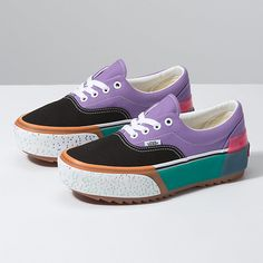 Comfortable Platform Shoes has never been so Flawless! Since the beginning of the year many girls were looking for our Pretty guide and it is finally got released. Now It Is Time To Take Action! See how. Hot Shoes, Vans Shoes, Shoes Uk, Gucci Shoes, Shoes Sneakers, Tenis Vans, Adidas Nmd, Shoe Wardrobe, Pretty Shoes
