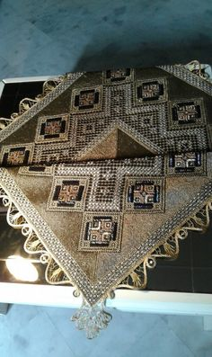 Bead Embroidery Jewelry, Beaded Embroidery, Cross Stitch Patterns, City Photo, Bohemian Rug, Beads, Lace, Beading, Bead