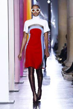 Jonathan Saunders Ready To Wear Fall Winter 2015 London Jonathan Saunders, Live Fashion, Fashion Show, Fashion Design, London Fashion Week 2015, Style Haute Couture, Runway Fashion, Womens Fashion, Fall Winter 2015