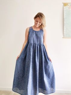 Another In the Folds pattern that I love. I extended the top into a dress and its just so lovely, light and airy to wear. Lauren Taylor, Piece Of Clothing, Thrifting, Midi Skirt, How To Make, How To Wear, In This Moment, My Favorite Things, Sewing