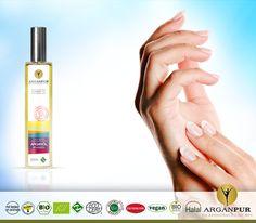 Ellerinizin çatlamasını ve kurumasını önlemek için; İçerdiği E vitamini ve etkili maddeler sayesinde Arganpur Argan Yağı ellerinizi nemlendirir, güçlendirir, yumuşak ve pürüzsüz hale getirir.Her sabah Ve akşam Arganpur Argan Yağını parmak aralarınızı unutmadan tüm elinize masaj yaparak yedirmelisiniz. Geceleri hücrelerimiz kendilerini yenilediği için,Argan Yağının etkileri her zamankinden daha fazla olacaktır.