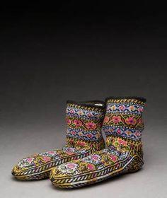 Cotton, knitted, 10 cm x 20 cm x 10 cm, 4 in x 8 in x 4 in. Place Made & CultureTurkey, Iraq, Iran, Syria. Kurdish Group. Date Madec. 1960...