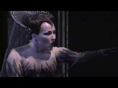 """Der Hölle Rache (most people think the name is """"Queen of the Night Aria""""), The Magic Flute, Royal Covent Garden 2003. Diana Damrau as the Queen and Dorothea Röschmann as Pamina."""