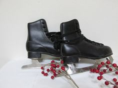 Vintage Ice Skates Black Childs Size 1 Figure Skate by LuRuUniques on Etsy