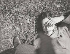 Photo by Saul Leiter, 1947