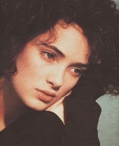 Winona Ryder Winona Ryder 90s, Winona Ryder Style, Pelo Guay, Most Beautiful Women, Beautiful People, Winona Forever, 80s Aesthetic, Beetlejuice, Portraits