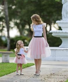 Fashion Women Baby Kids Girls Top T-shirt Skirt 2pcs Outfits Clothes Summer Costume Girl Mama Clothing Sets