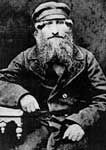 A Russian Jew, Menachem Kurkuk, c. 1905, in dress typical of the Russian Pale of Settlement. His children migrated to Manchester, where they changed their surname to Goodman.
