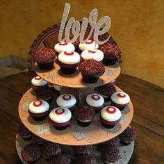 Cupcakes and Love!! #cupcakelove #cutsofconfetti #customcaketopper