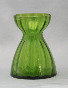 Lasimaljakko, Hyasintti, Riihimäen lasi Candleholders, Vintage Dishes, Finland, Glass Art, Perfume Bottles, Art Deco, Vase, Retro, Green