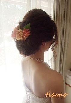 |--ブライダル ヘアメイク|大人可愛いブライダルヘアメイク『tiamo』の結婚カタログ