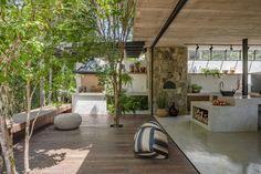 Dream Home Design, My Dream Home, Home Interior Design, Interior And Exterior, House Design, Layouts Casa, House Layouts, Future House, Bali Style Home