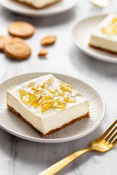 Sweet, creamy no-bake vanilla cheesecake with a cookie crust and topped with cracked sugar topping is reminiscent of creme brulee, but without any baking required! No-Bake Cheesecake Bars with Cracked Sugar Topping is a dessert you'll want to make throughout this holiday season.