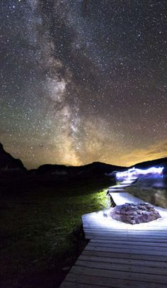 Montana after dark: the best places to see the Milky Way and the Northern Lights!