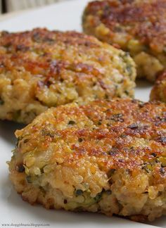 Shopgirl: Cheesy Quinoa and Broccoli Patties