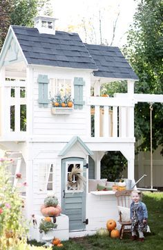 Welcome back to Maylee's Country Playhouse! Since we were doing our fall home tours we thought we would show you Maylee's home all dressed up for fall as well. Just like our homes we ad… Build A Playhouse, Playhouse Outdoor, Playhouse Decor, Outdoor Play, Playhouse Ideas, Backyard Playground, Backyard For Kids, Cubby Houses, Play Houses