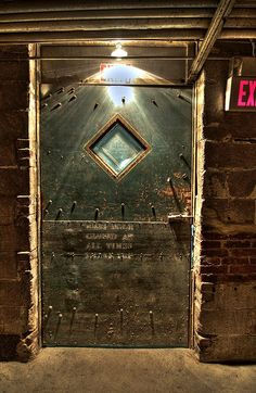 """It's called the """"Creepty Tunnel Door"""" and it cautions you to keep the door closed """"at all times"""". Philadelp;hia, PA. Photo by Tanner Smith"""