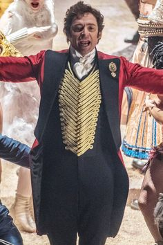 Obsessed With The Greatest Showman Soundtrack? These Sing-Along Screenings Are For You Drag Queens, Zendaya, Pt Barnum, Opera Music, Disney Halloween Costumes, The Greatest Showman, Les Miserables, Cultura Pop, Hugh Jackman