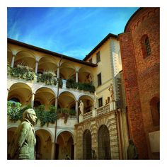 Milan hidden treasures  #architecture #milan #art #arts #architecturelovers #instagood #beautiful #igers #archilovers #architectureporn  #milano #nice #love #masterpiece #italia #photooftheday #lovethis #picoftheday #artoftheday #museum #treasure #milanodavedere #library #igersmilano #igerslombardia #volgolombardia #beauty #italian by oursdechocolat
