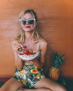 Tropical Fruit Stand - Barefoot Blonde by Amber Fillerup Clark Disney Instagram, Instagram Girls, Amber Fillerup Clark, Tropical Fashion, Fruit Stands, Barefoot Blonde, Cute Fruit, Vogue, Portraits