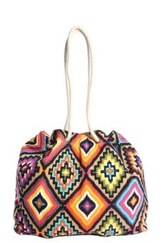 Accessoires on Pinterest | Aztec, Aztec Prints and Beach Bags