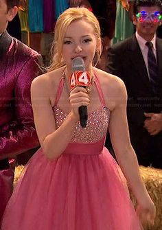 Liv Rooney Fashion on Liv and Maddie Liv Y Maddie, Liv Rooney, Dove Cameron Style, Band Outfits, Stage Outfits, New Years Dress, Chloe, Sabrina Carpenter, Open Back Dresses