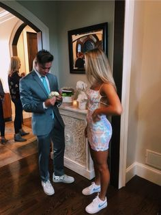 homecoming pictures me amp; my date rockin our kicks Cute Prom Dresses, Prom Outfits, Pretty Dresses, Cute Outfits, Homecoming Dresses Tight, Relationship Goals Pictures, Cute Relationships, Vestidos Hoco, School Dance Dresses