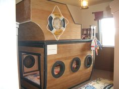 pirate ship bunk beds...the boys would love this!!! Who wants to make it for me?
