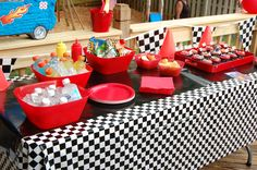 ATV racing party table