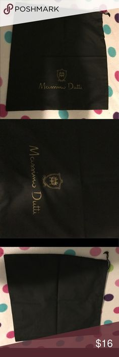 Massimo Dutti dustbag Drawstring closure. One dust bag. From purchase of shoes.  🌼Thank you for looking!  🌼I ship within 2 days shipping excluding holidays 🌼I do not trade! 🌼I only accept offers through the offer button! 🌼Thank you for shopping and feel free to ask any questions! Massimo Dutti Bags