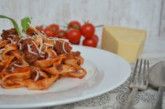 Tasty Life: Tagliatelle Bolognes