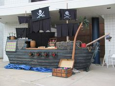 Halloween pirate ship build