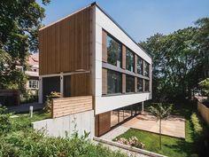 Imagen 1 de 16 de la galería de Casa M / Peter Ruge Architekten. Fotografía de Ira Efremova