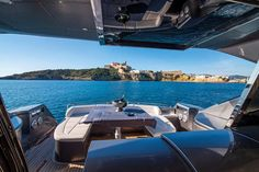 Ibiza Mi Amor! - Lifestyle Mogul Ibiza: Urlaub für anspruchsvollste Ibiza-Individualisten Strand, Opera House, Building, Travel, Amor, Snorkeling, Nightlife, Gap Year, Viajes