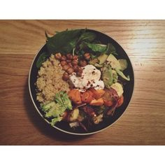 """""""ROASTED NOURISH BOWL Ingredients olive or coconut oil, 1 - 2 tablespoons 1 large sweet potato, cut into 3/4"""" cubes 2 large carrots, sliced 1 1/2 cups brussles sprouts, 1 1/2 cups broccoli florets 1/2 large red onion, sliced 6 serrano chilis, 1 1/2 cups cooked chickpeas or 1 can (15oz) 1 - 2 lemons, cut into six pieces To serve 1 1/2 cups cooked quinoa 5 oz. spinach 1 - 2 avocados big dollop of hummus red pepper flakes, to garnish"""" Photo taken by @annalizdavis on Instagram, pinned via the…"""