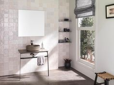 The traditional essence and authenticity which characterises L'Antic Colonial, the firm from the PORCELANOSA Grupo, is clearly noticeable in its two new ceramic collections: Touch and Nazari. Colonial, Lavabo Vintage, Console, Wall Exterior, Ceramic Design, Wall Tiles, Double Vanity, Moroccan, Im Not Perfect