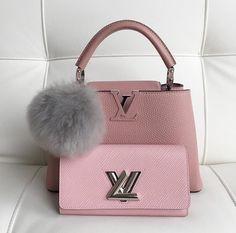"expensivetastexox: ""@daydreamingmussu "" handbags wallets - http://amzn.to/2ha3MFe"