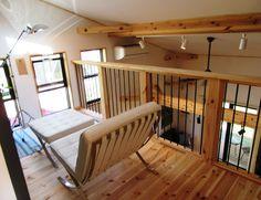 薪ストーブを囲む男前インテリアLOAFER Porch Swing, Outdoor Furniture, Outdoor Decor, Bunk Beds, Architecture, Home Decor, Arquitetura, Decoration Home, Loft Beds
