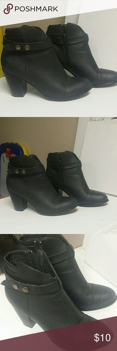 Dark Gray Ankle Boots Beautiful Boots With Inside Zippers! Super cute Shoes Ankle Boots & Booties