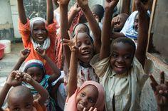 Voyager et faire du volontariat, nos bons plans (Detour Local) -> Un seul sourire parfois vaut plus que tous les salaires du monde www.detourlocal.com/voyager-faire-du-volontariat-nos-bons-plans/
