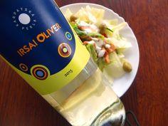Grilované kura, šalát s olivami a IRSAI OLIVER z Karpatskej perly skvelá večera ... www.vinopredaj.sk  #karpatskaperla #irsaioliver #salat #salad #goodfood #food #senkvice #inmedio #vinoteka #wine #vino #wein #wineshop #bratislava #slovensko #jedlo