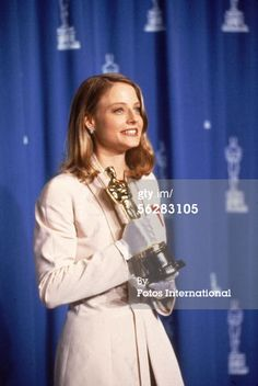 Dorothy Chandler Pavilion, Los Angeles, California American actress Jodie Foster poses backstage with her 'Oscar' award for Best Actress in a Leading Role for her performance in the film 'The Silence of the Lambs,' March 30, 1992 (64th Annual Academy Awards)
