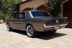 1965 Mustang - my dream car that one day I will have :) Ford Mustang 1965, Ford Mustang Shelby Cobra, Mustang Cars, Car Ford, Ford Mustangs, My Dream Car, Dream Cars, Muscle Cars, Classic Mustang